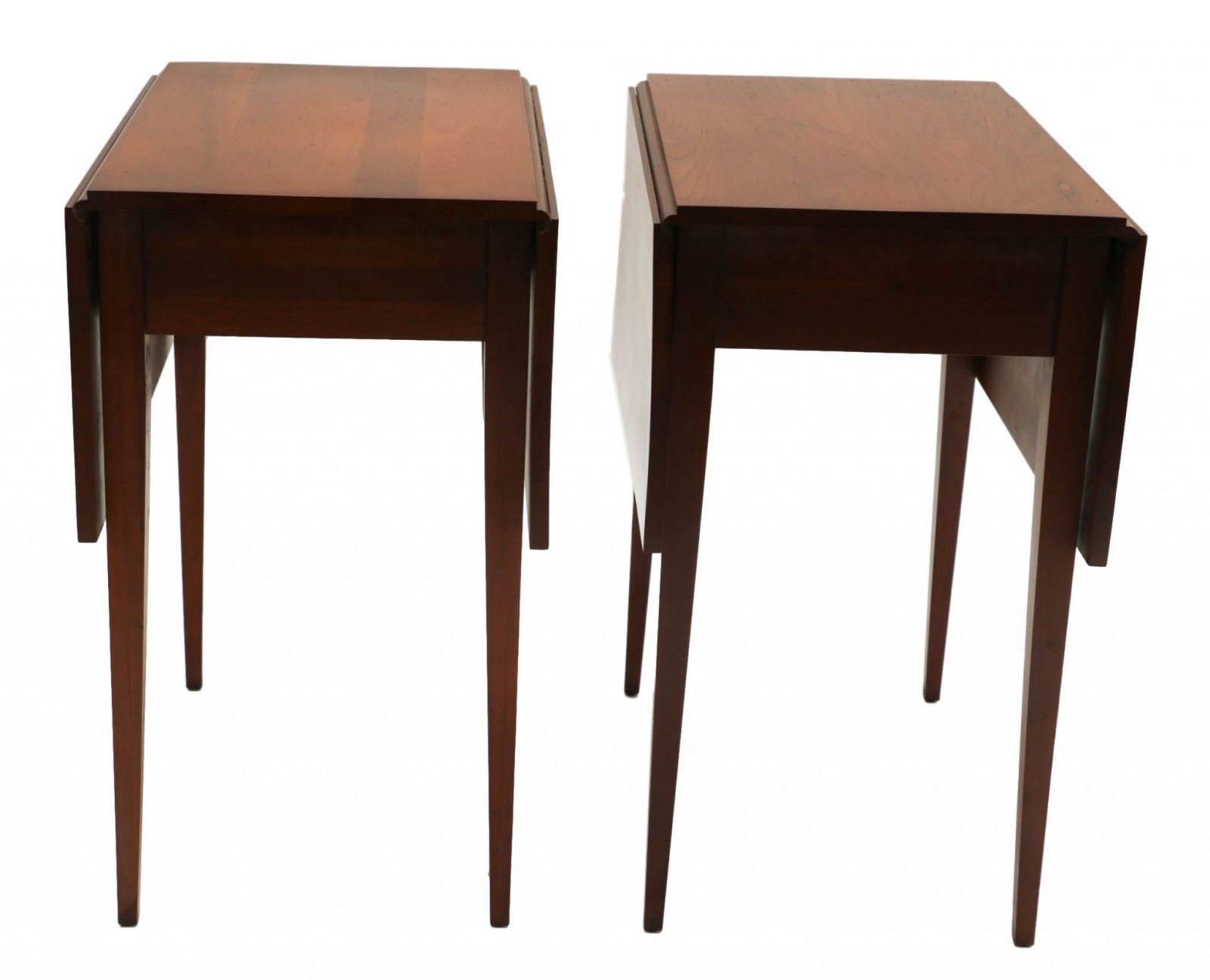 Henkel Harris Mahogany Drop Leaf Pembroke Side End Table