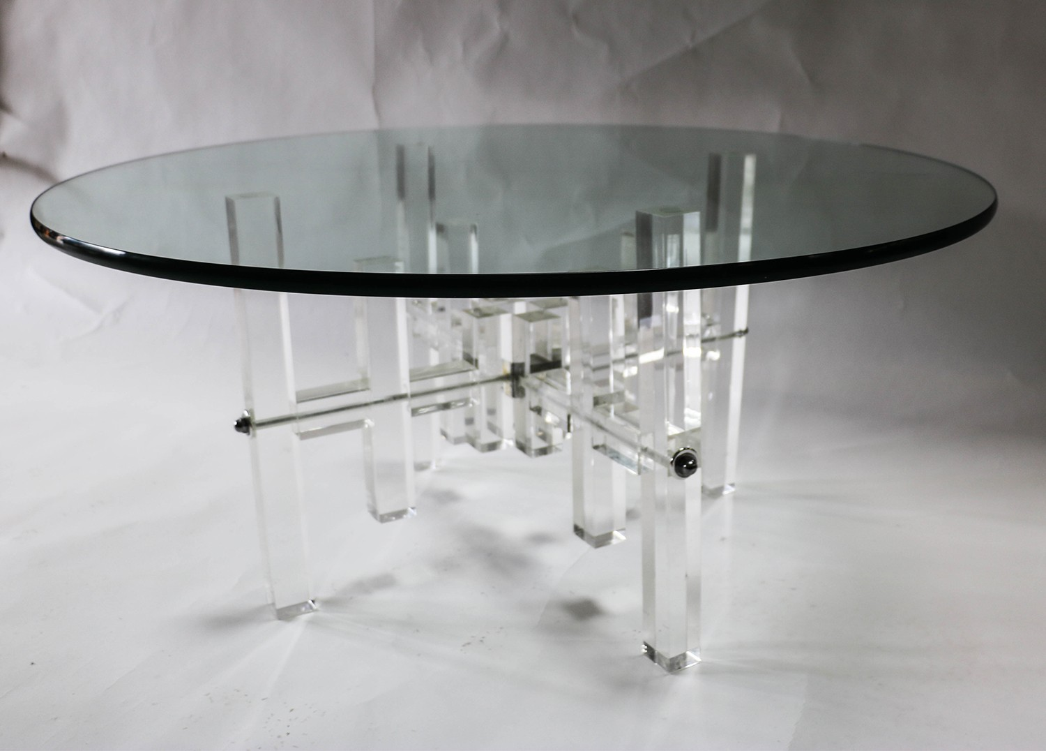 Mid century round glass top coffee table lucite bass for Round glass coffee table top