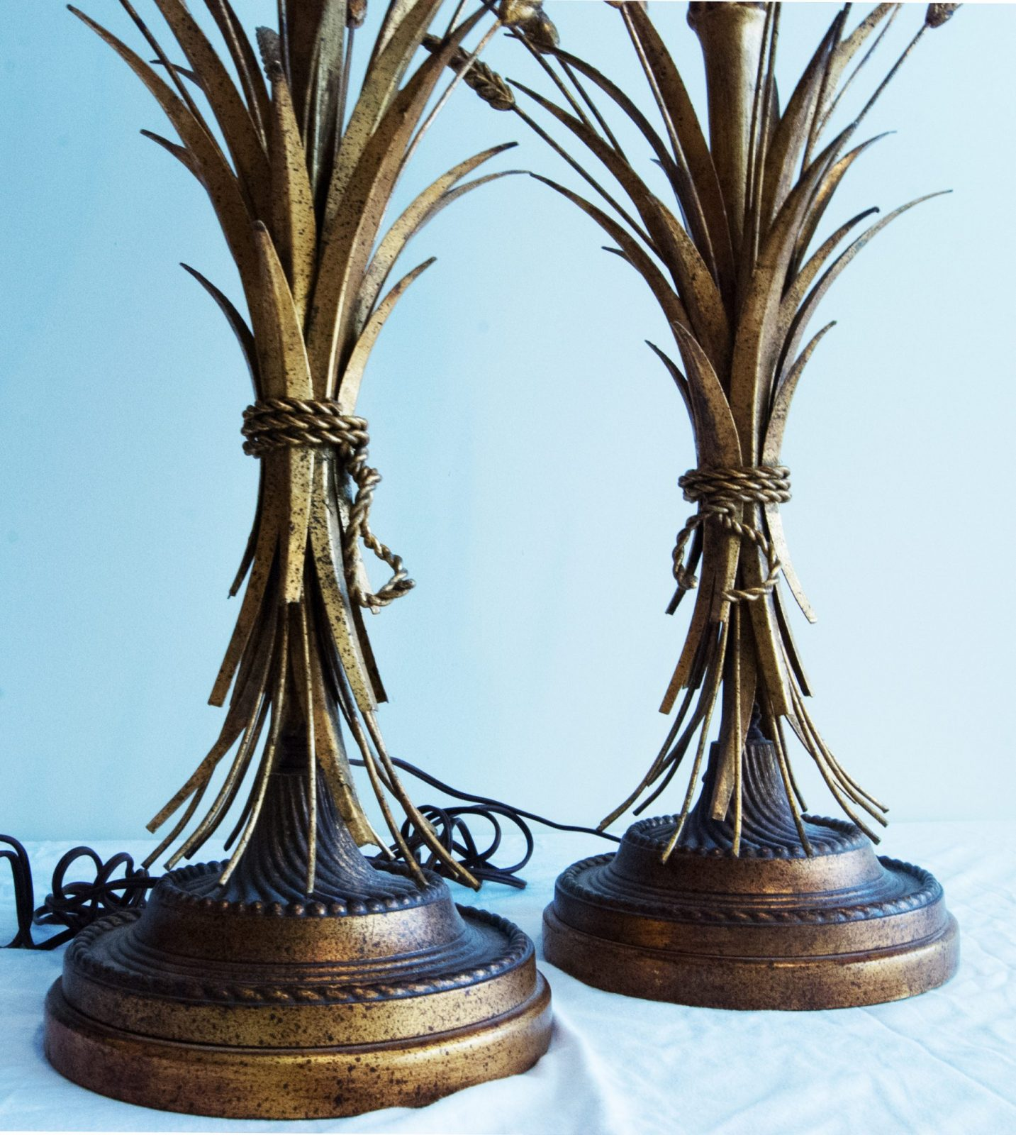 Pair of Mid-century Modern Sheaf-of -wheat table lamps by ...