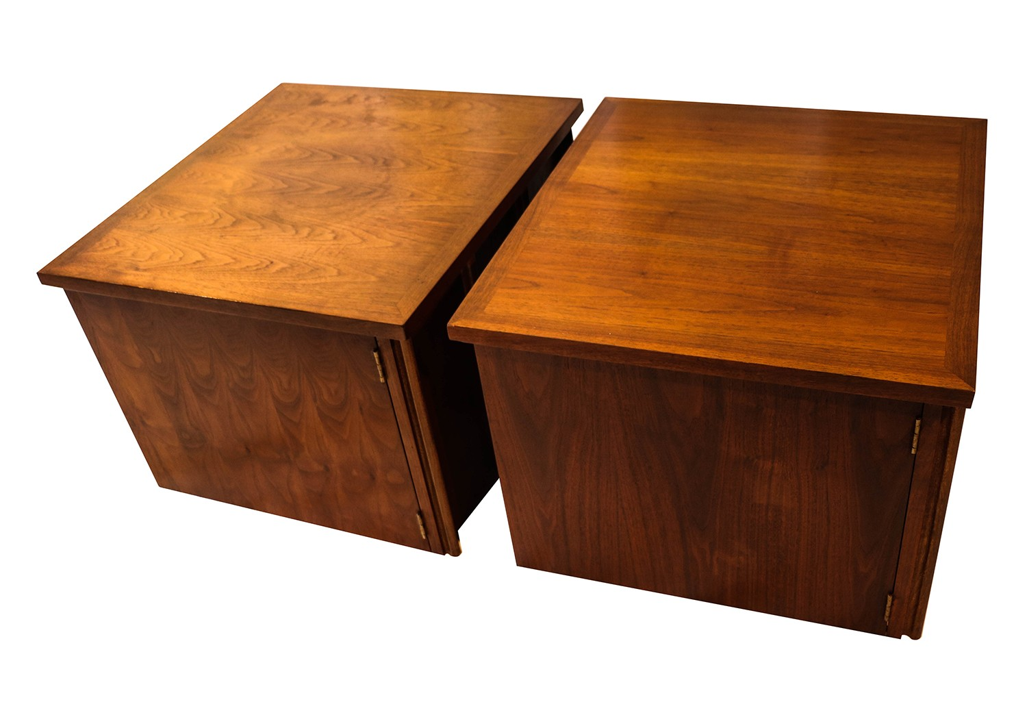 Pair Mid Century Lane Walnut Nightstands Side Tables