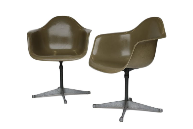 Herman Miller Stoel : Pair of charles eames for herman miller bucket swivel chair
