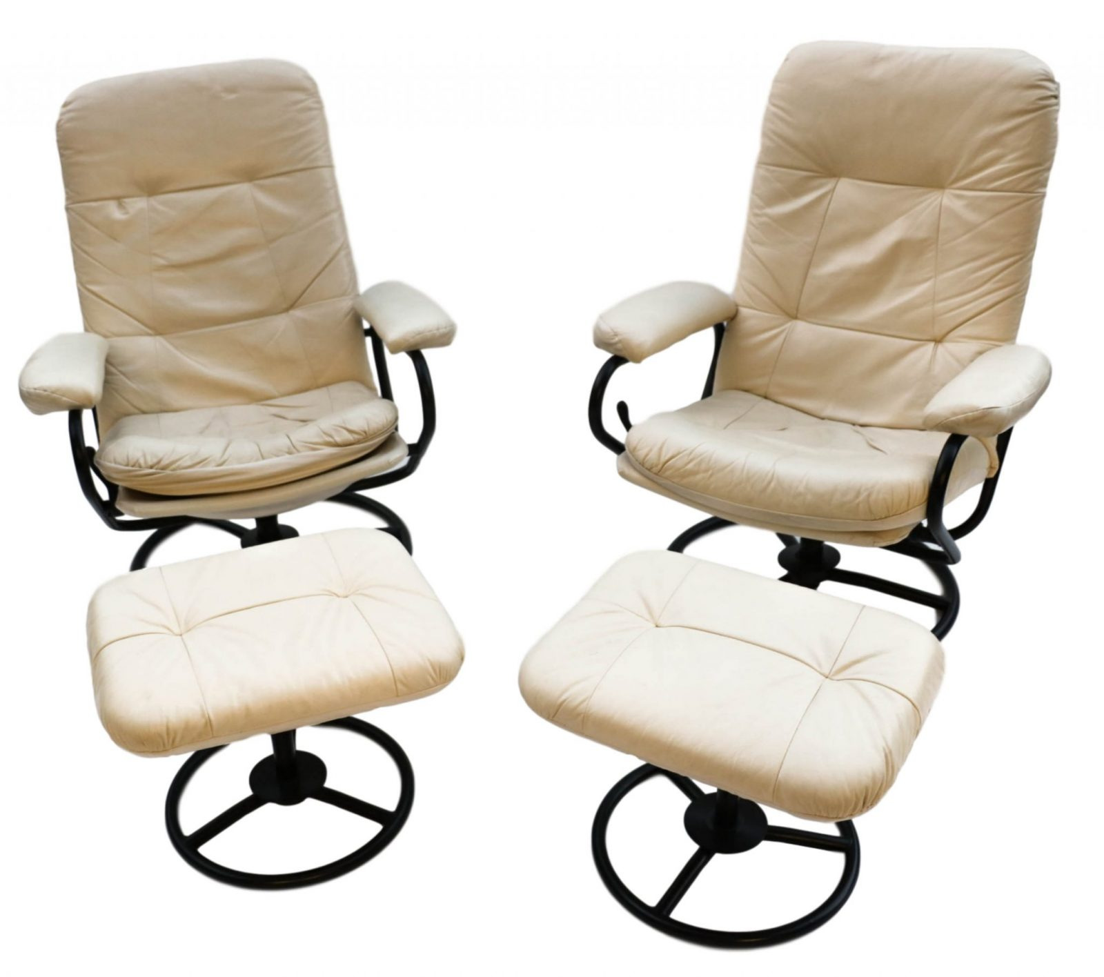 Beautiful Pair Mid-Century Modern Ekornes Stressless