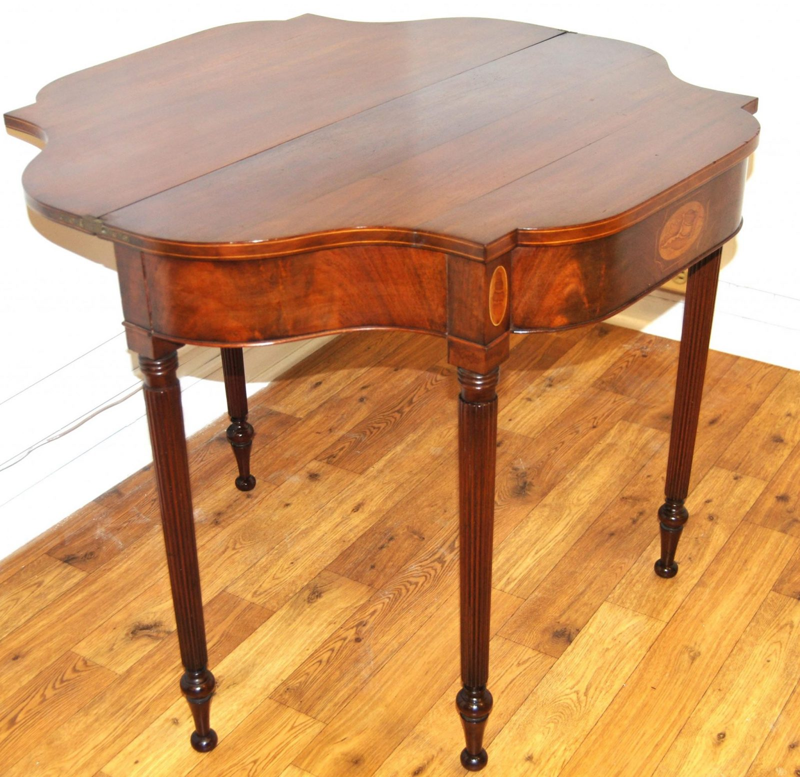 Federal style mahogany flip top game table for Chair of the fed game