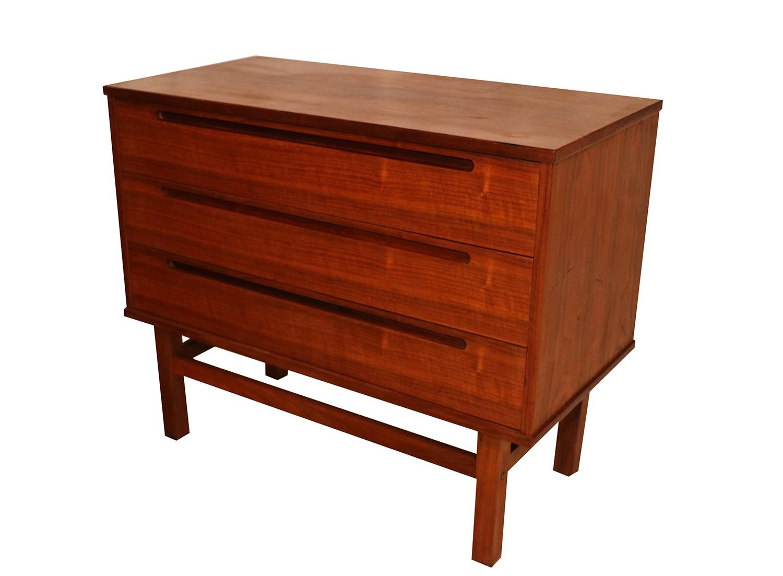 Nils jonsson for hjn mobler danish teak dresser for Danish teak bedroom furniture