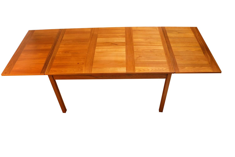 Danish Modern Teak Extendable Dining Table Vejle Stole
