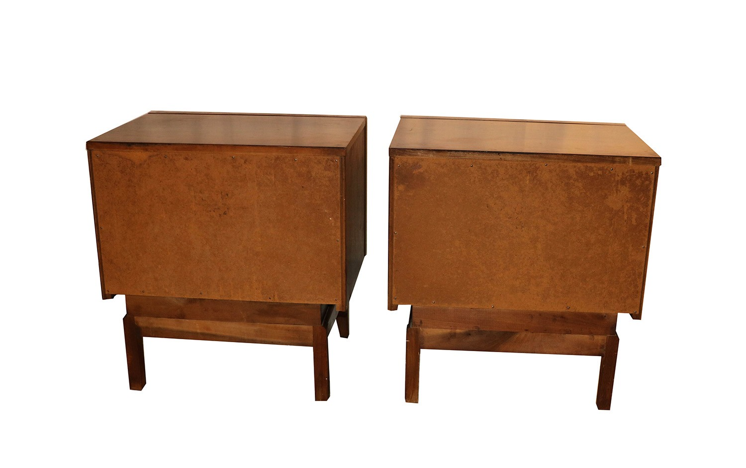 United mid century modern diamond front nightstands kagan for Mid century style furniture