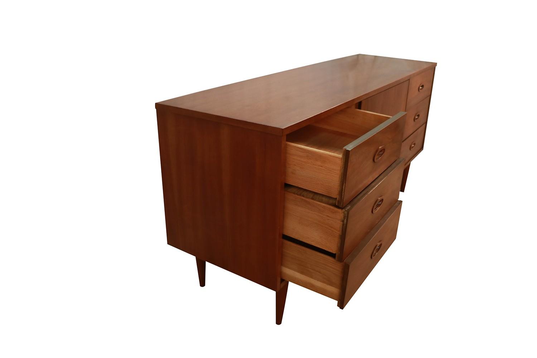 Mid Century Modern Walnut 9 Drawer