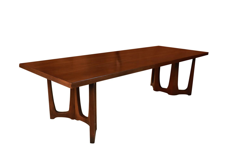 Stupendous Mid Century Broyhill Brasilia Sculpted Coffee Table Uwap Interior Chair Design Uwaporg