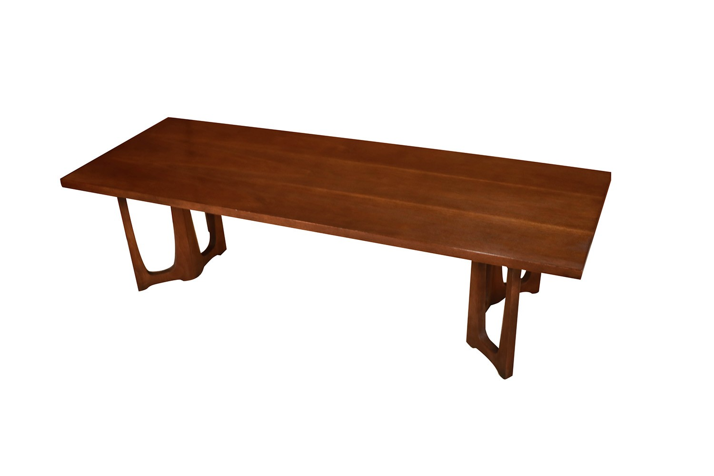 Strange Mid Century Broyhill Brasilia Sculpted Coffee Table Uwap Interior Chair Design Uwaporg