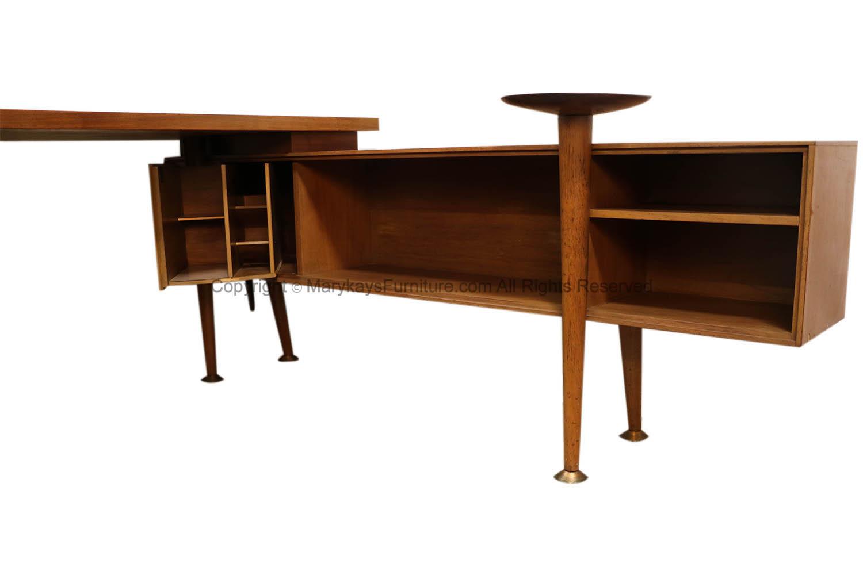Mid Century Modern Leopold L Shaped Desk